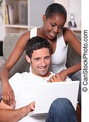 par, ligado, laptop