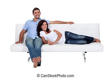 par, ligado, sofá, confortavelmente, installed