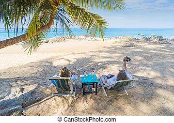 par, ligado, um, praia tropical, em, maldives