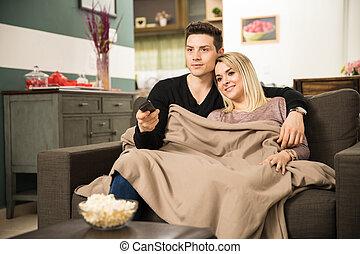 par, obtendo, tudo, cozy, e, televisão assistindo
