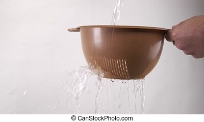 par, passoire, eau, versé