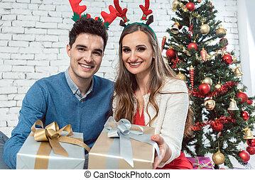 par, prata, ouro, natal apresenta