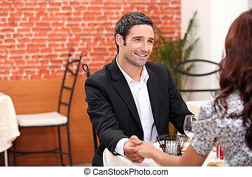 par romântico, em, restaurante