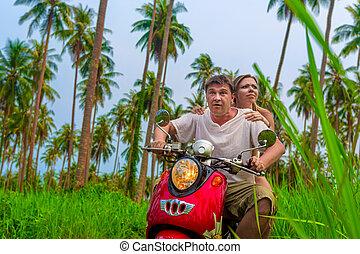 par, romanticos, motocicleta