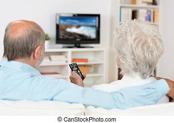 par, televisão, idoso, observar