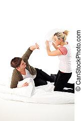 par, tendo, um, combate travesseiro