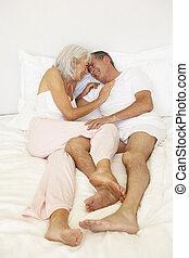 par velho, relaxante, cama