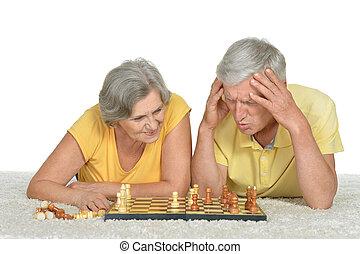 par velho, xadrez, tocando