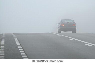 par, voiture, disparaître, brouillard