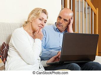 para, dojrzały, laptop, poważny