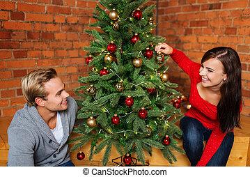 para, drzewo, młody, między, boże narodzenie, szczęśliwy