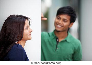 para, flirtując, młody
