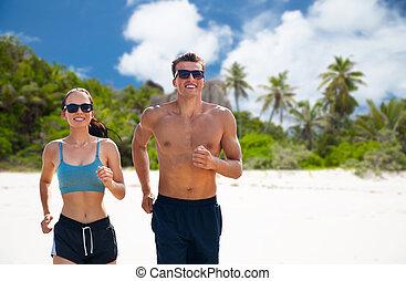 para, lekkoatletyka, bieg wzdłuż plaży, odzież