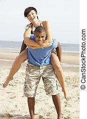 para, młody, piggyback, zabawa, plaża, posiadanie