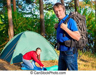 para, załatwiony, dla, przedimek określony przed rzeczownikami, noc, na, niejaki, campsite