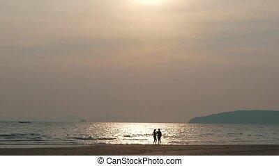 para zachód słońca, ocean