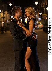 para, zakochany, w nocy