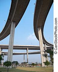 Parallel expressway