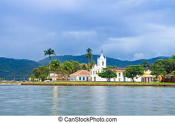 Paraty (or Parati) is a preserved Portuguese colonial (1500–1822) and Brazilian Imperial (1822–1889) town. It is located on the Costa Verde (Green Coast), a lush, green coast that runs along the coastline of the state of Rio de Janeiro, in Brazil, south America.