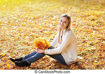 parc, automne, joli, amusement, portrait, girl, avoir