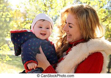 parc, automne, rire, mère, dorlotez fille