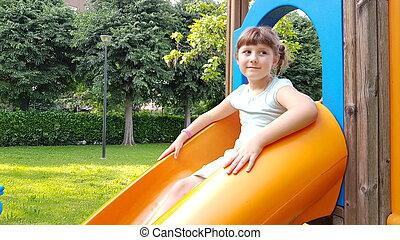 parc, diapo, jeux, jeune fille