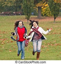 parc, filles, deux, joli, amusement, avoir