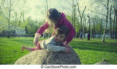 parc, filles, deux, jouer