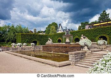 parc fontaine, roses., allemagne, baden-baden.