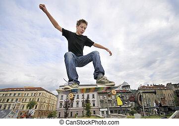 parc, garçon, patin, pratiquer