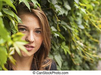 parc, jeune, joli, portrait, girl, greenery.