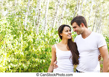 parc, mignon, couple, jour ensoleillé