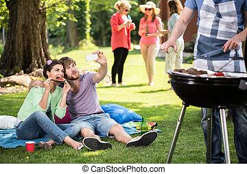 parc, selfie, couple, confection