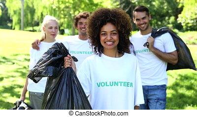 parc, volontaires, déchets ménagers, prendre, heureux