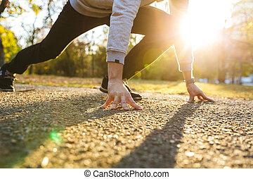 parco, giovane, sportivo, correndo, fuori, bello