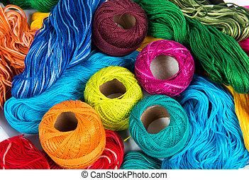 parecchi, colorare, bobine, di, filo, per, ricamo