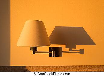 pared, lámpara