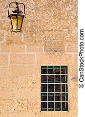 pared, ventana, lámpara