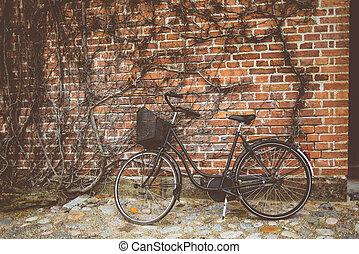 parede, vindima, bicicleta, inclinar-se