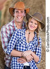 pareja, agricultura, granero, dentro, joven
