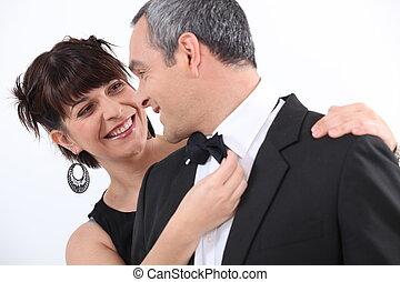 pareja, bien vestido
