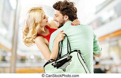 pareja, centro comercial, reír