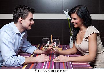 pareja, coquetear, bebida, joven, vino