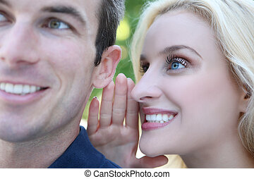 pareja, decir secretos
