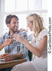 pareja, el gozar, joven, juntos, comida