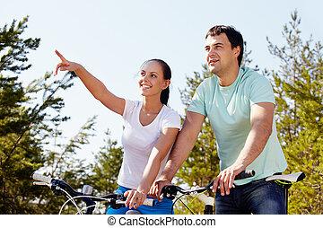 pareja, en, bicycles