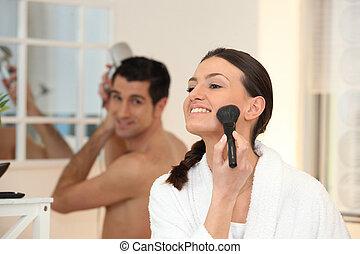 pareja, en, el, cuarto de baño