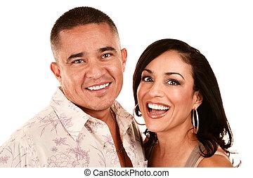 pareja hispana, atractivo