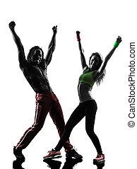 pareja, hombre y mujer, ejercitar, condición física, zumba, bailando, en, silueta, blanco, plano de fondo