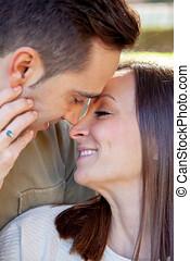 pareja joven, coquetas, románticamente, y, íntimamente, en,...